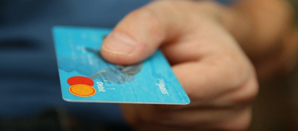 tarjeta de crédito vs pagar con el móvil